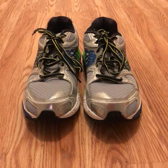 emergencia igual lanzadera  New Balance Shoes | Mens Stability Running | Poshmark
